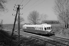 X 2403 - Grandvilliers (60)
