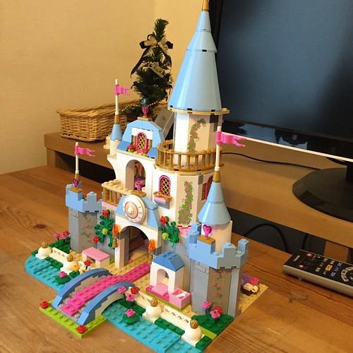 レゴのシンデレラ城