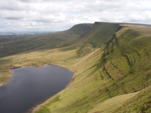 Llyn y Fan Fach, Bannau Sir Gaer and Fan Foel, from Waun Lefrith