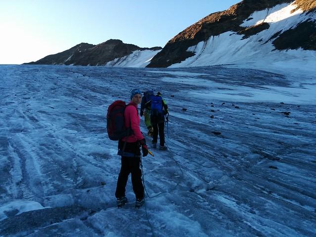 Aufstieg Weißkugel über das Gletscherfeld