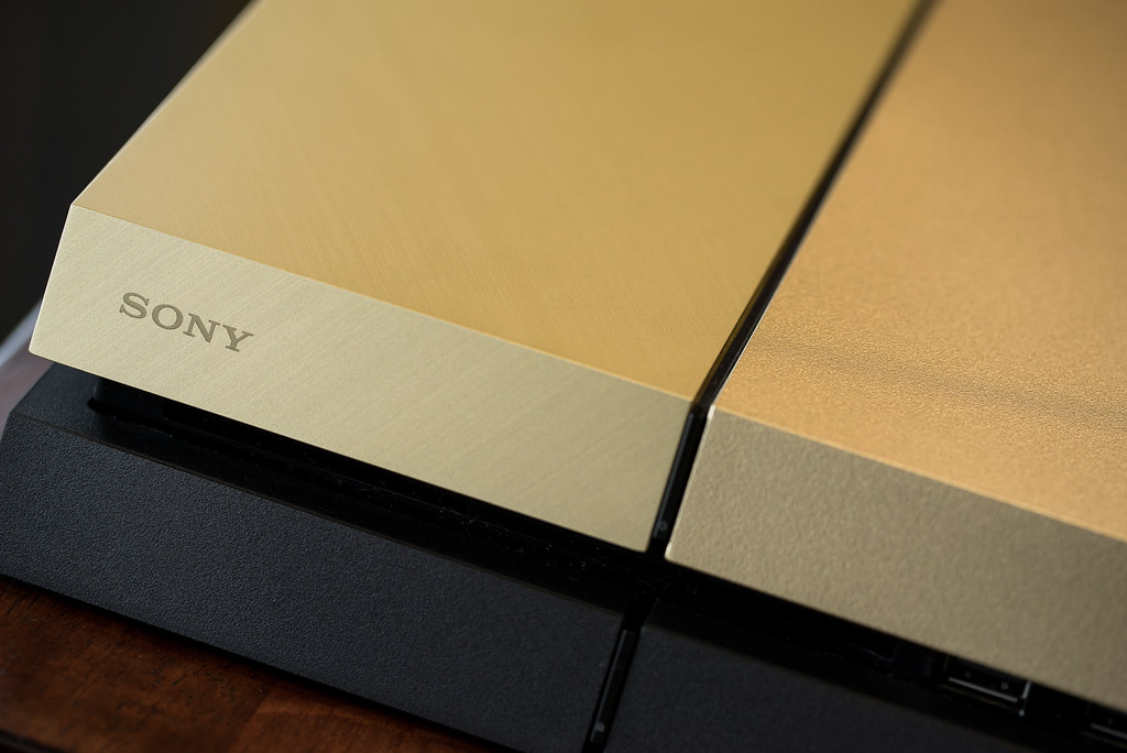 Limited Edition Gold PS4