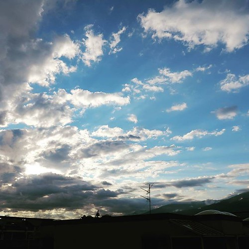 beautiful clouds sunrise austria day hiking skyporn innsbruckaustria uploaded:by=flickstagram instagram:venuename=isdwohnheimsaggen instagram:venue=234871372 instagram:photo=10374041848528452517097579