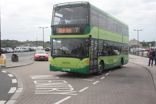 Go South Coast (Southern Vectis) 1147 HW09BCF