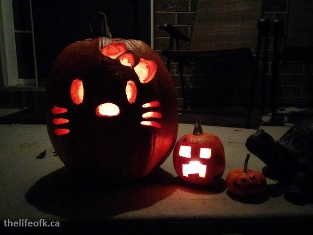 Halloween_2015_Lit_Carved_Pumpkins