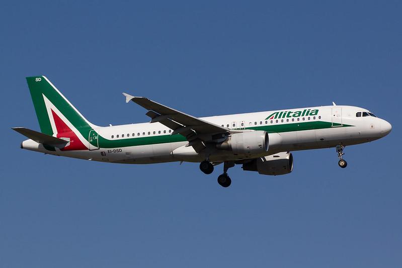 Alitalia - A320 - EI-DSD (1)