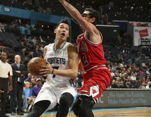 Jeremy-Lin-vs-Bulls-e1445339169764