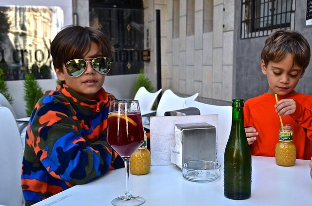 Granada Bars with Kids - Granada Tapas Tour - Spain