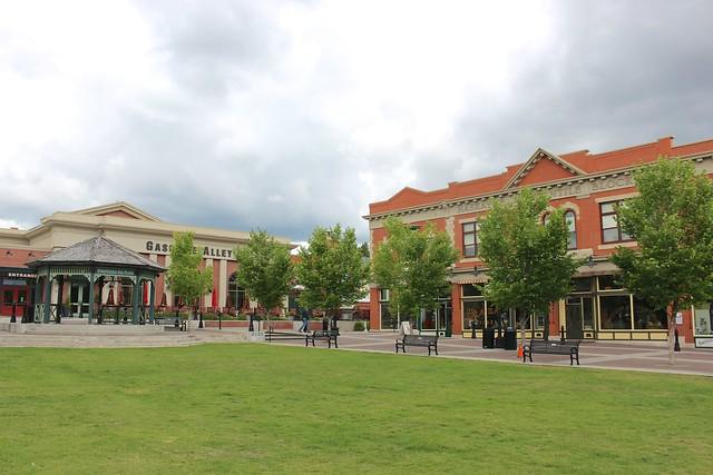 heritage-park-calgary-alberta-heritage-square