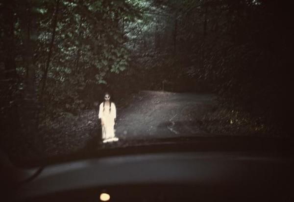 Rùng rợn chuyện hồn ma nữ xin đi nhờ xe