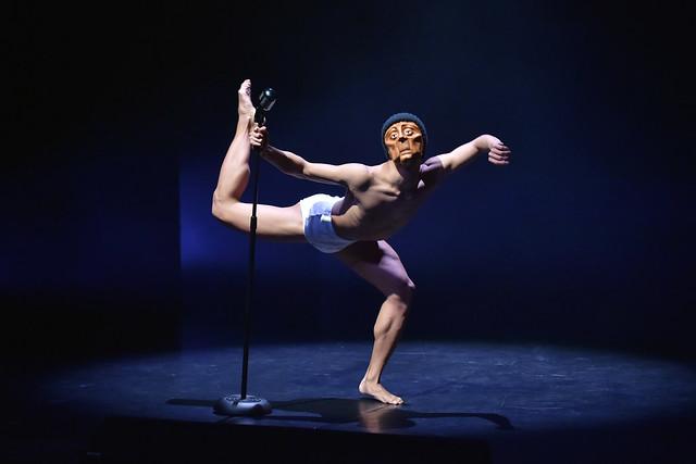 Bloom, Phoenix Dance Theatre, 2015 © Brian Slater
