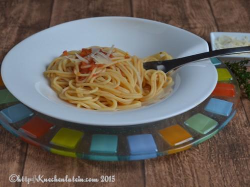 ©Spaghetti mit ofengerösterer Tomatensoße auf V&B Pasta-Passion