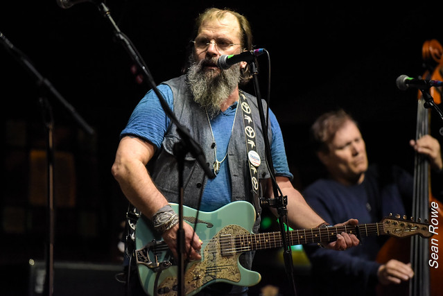 Live at The Speigeltent, Wexford - Steve Earle and The Dukes