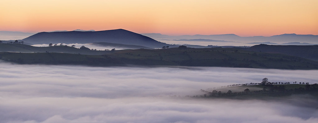 The evening fog overlooking Corndon Hill.