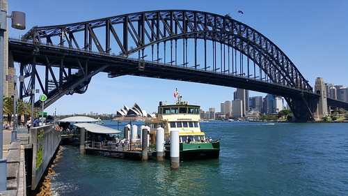 Milson's Point Ferry Wharf, Sydney NSW