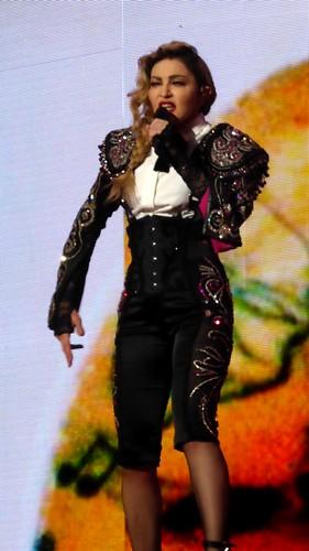 Madonna Ziggo Dome mashup foto - 151205 Madonna Rebel Heart 085