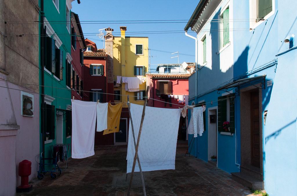 Burano venice italy around guides - Arte bagno veneta quarto d altino ...