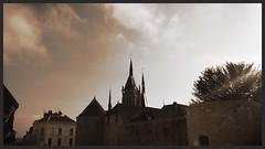 Château et église de Dourdan