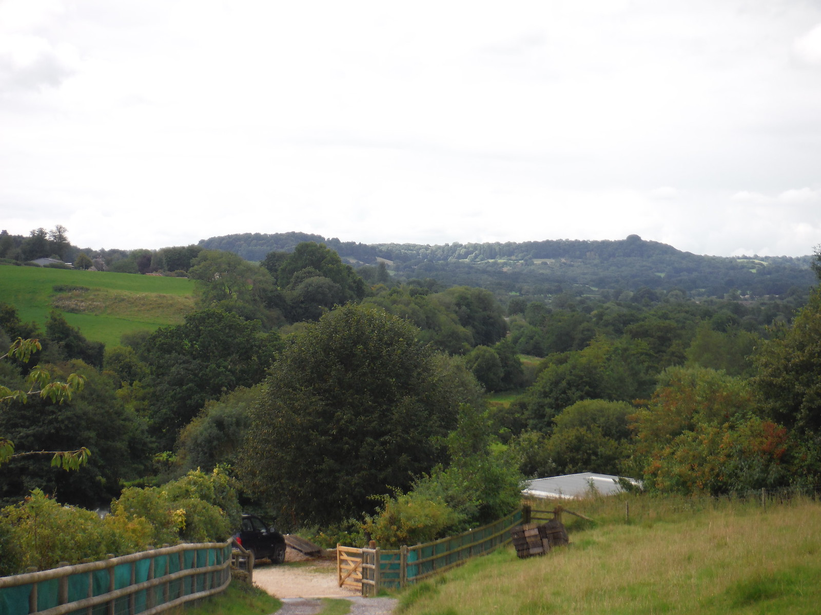 Nadder Valley and Barkers Hill SWC Walk 251 Tisbury Circular via Ludwell and Berwick St. John