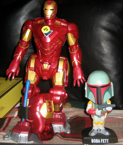 20130525 - yardsale booty - Iron Man Robot, Boba Fett bobblehead - IMG_5182