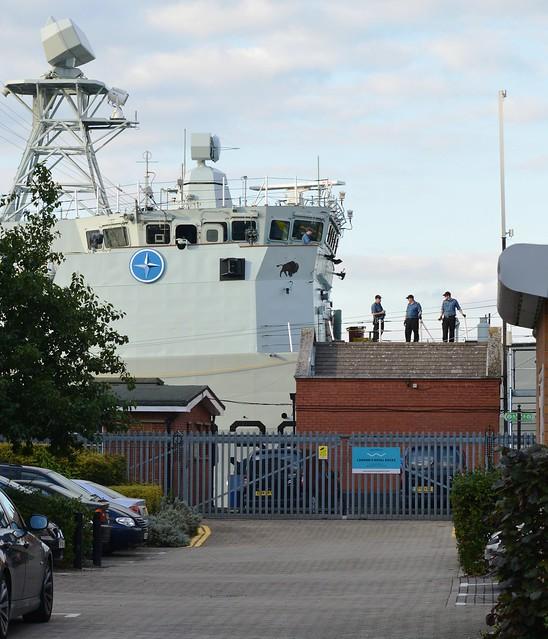 HMCS Winnipeg (4) @ KGV Lock 19-09-15