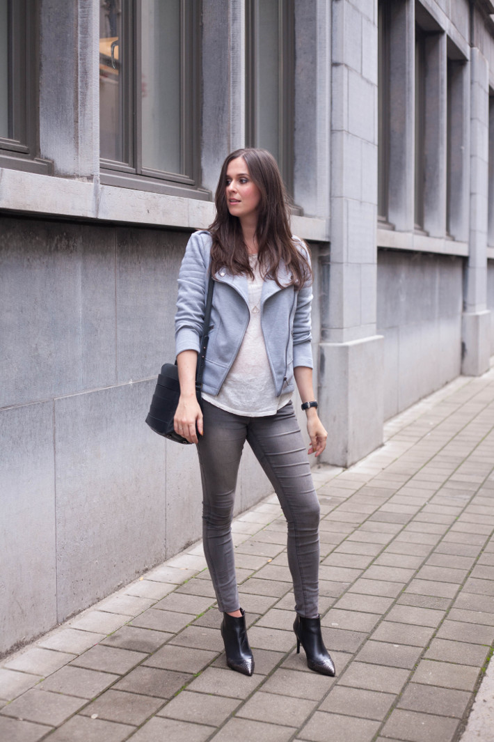 outfit: grey biker boots, grey skinnies and pointy toe stiletto boots