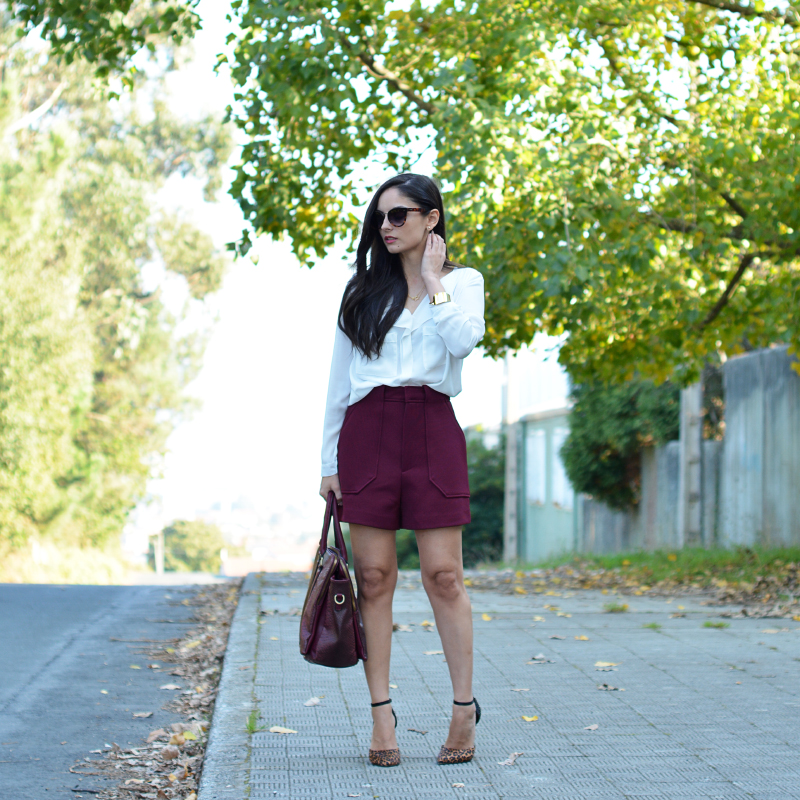 Zara_ootd_outfit_shorts_burdeos_pepe moll_01