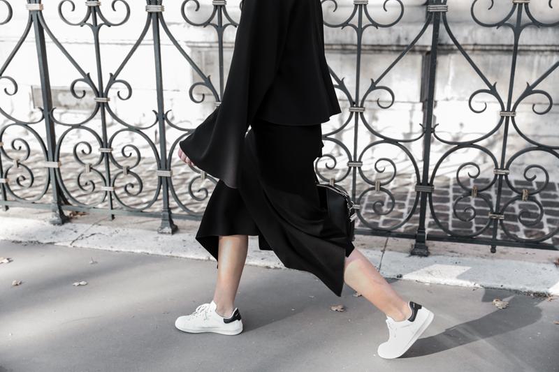 paris fashion week, street style, ss16, black and white, Ellery, Protege Flare sleeve top, Dion Lee slash split skirt, Isabel Marant sneakers, monochrome, modern legacy, fashion blogger (1 of 1)