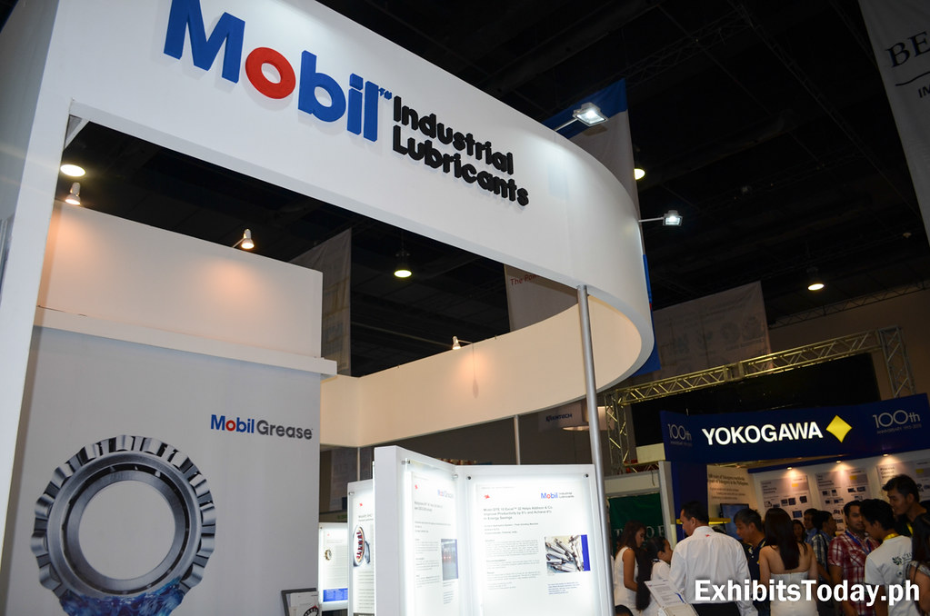 Mobil Industrial Lubricants Exhibit Display