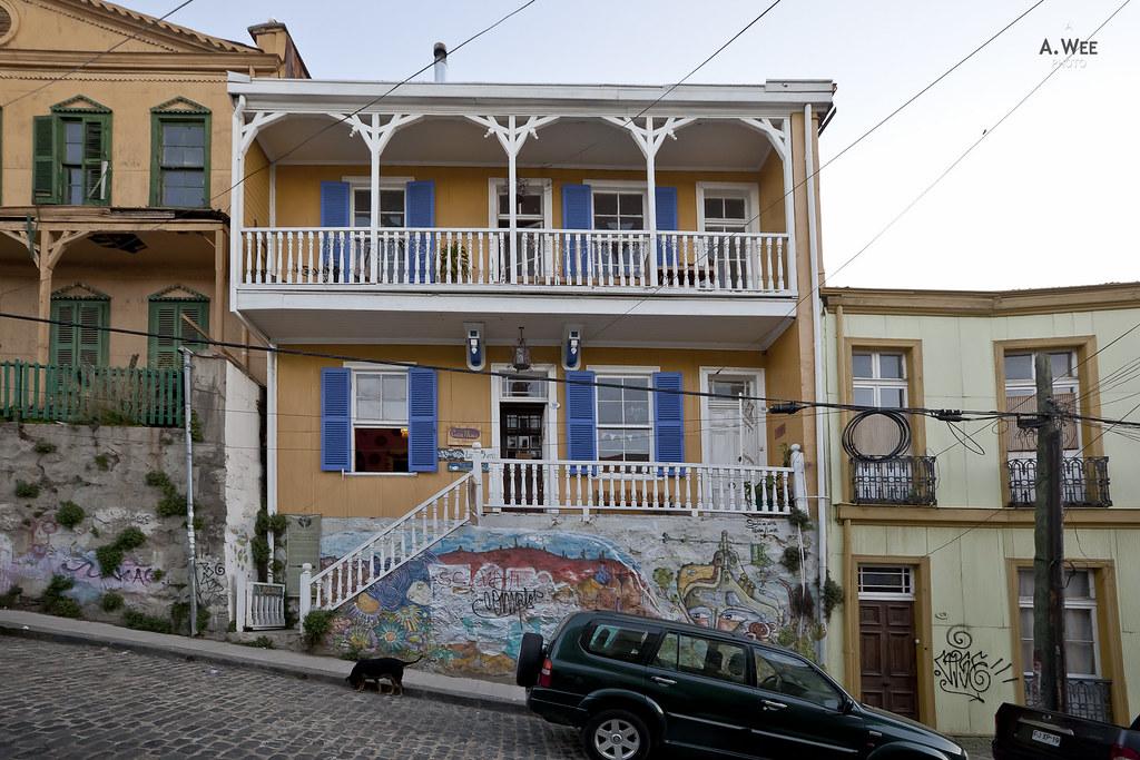 Housing in Urriola