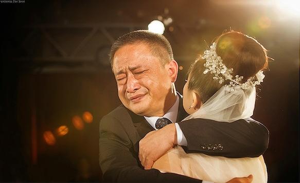 Người cha đau lòng chứng kiến gia đình con gái tan vỡ :: Blog Tâm Thức