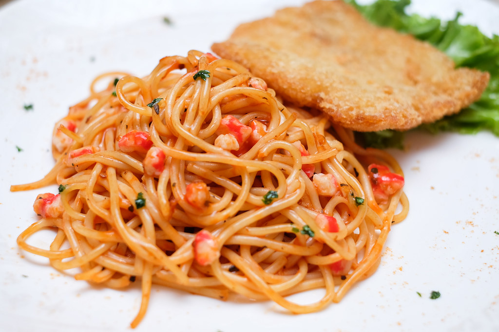 Xin Wang Hong Kong Café: Fried Fish Fillet Spaghetti