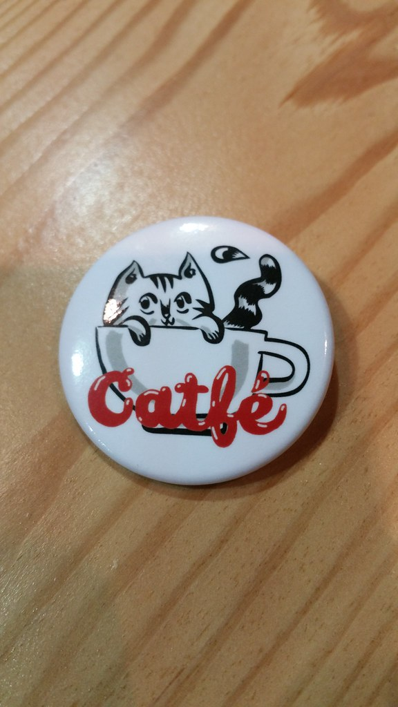 2015-Dec-14 Catfe - free pin at check-in