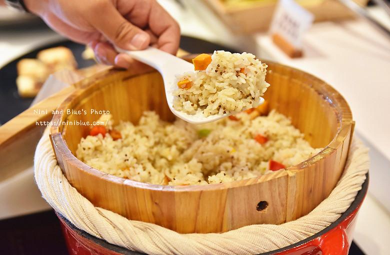 30324067172 cfcd29d2d6 b - 【熱血採訪】陶然左岸,嚴選當季鮮蔬、台灣小農生產,推廣健康飲食觀念,是蔬食但非全素吃到飽餐廳