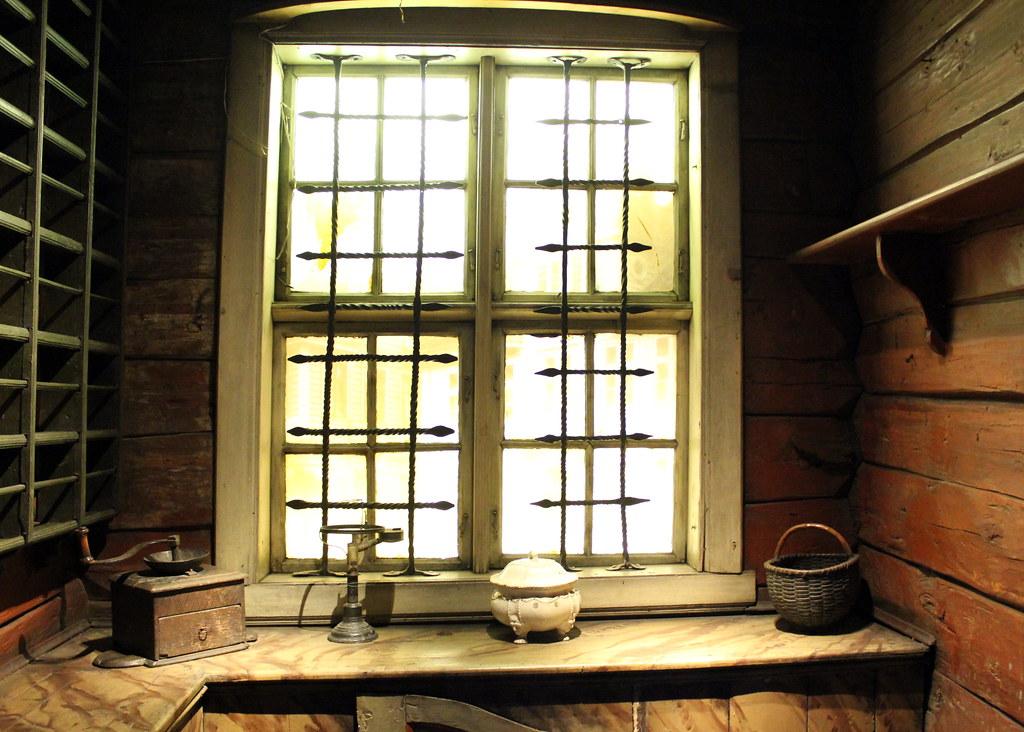 hanseatic-museum-window