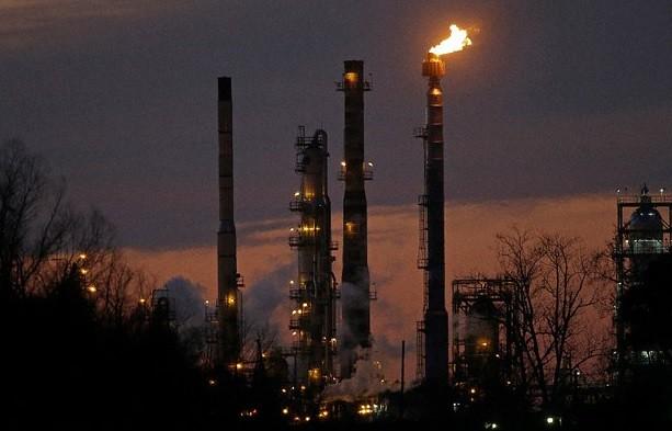 EU relaja intercambio de petróleo con México