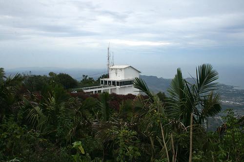 Cable car station / Seilbahn-Station Statue on Mount Isabel de Torres