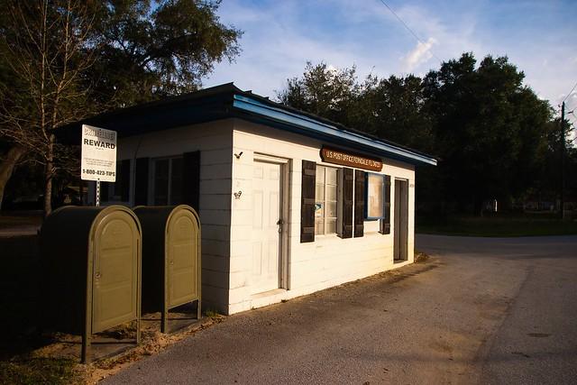 Ferndale Post Office 01/01