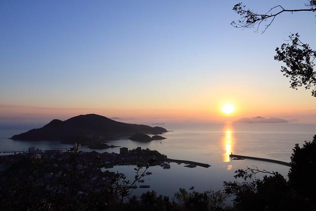 初日の出と仙酔島