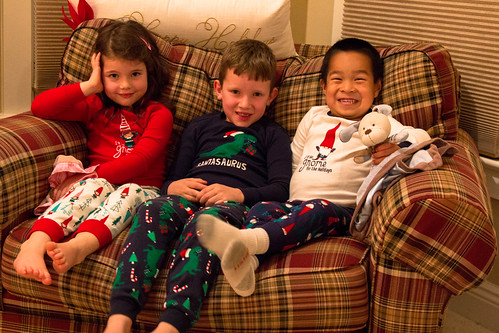 kids christmas jammies