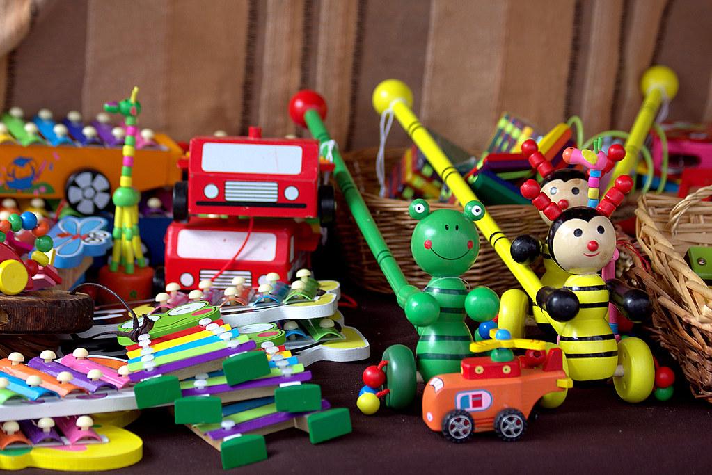 juguetes infantiles de madera