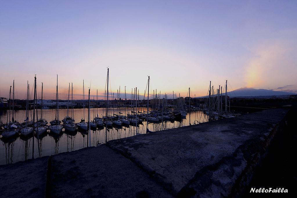 porto di Catania al tramonto