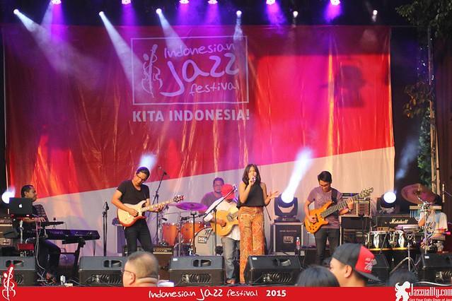Indonesian Jazz Festival 2015 - Clorophyl (1)