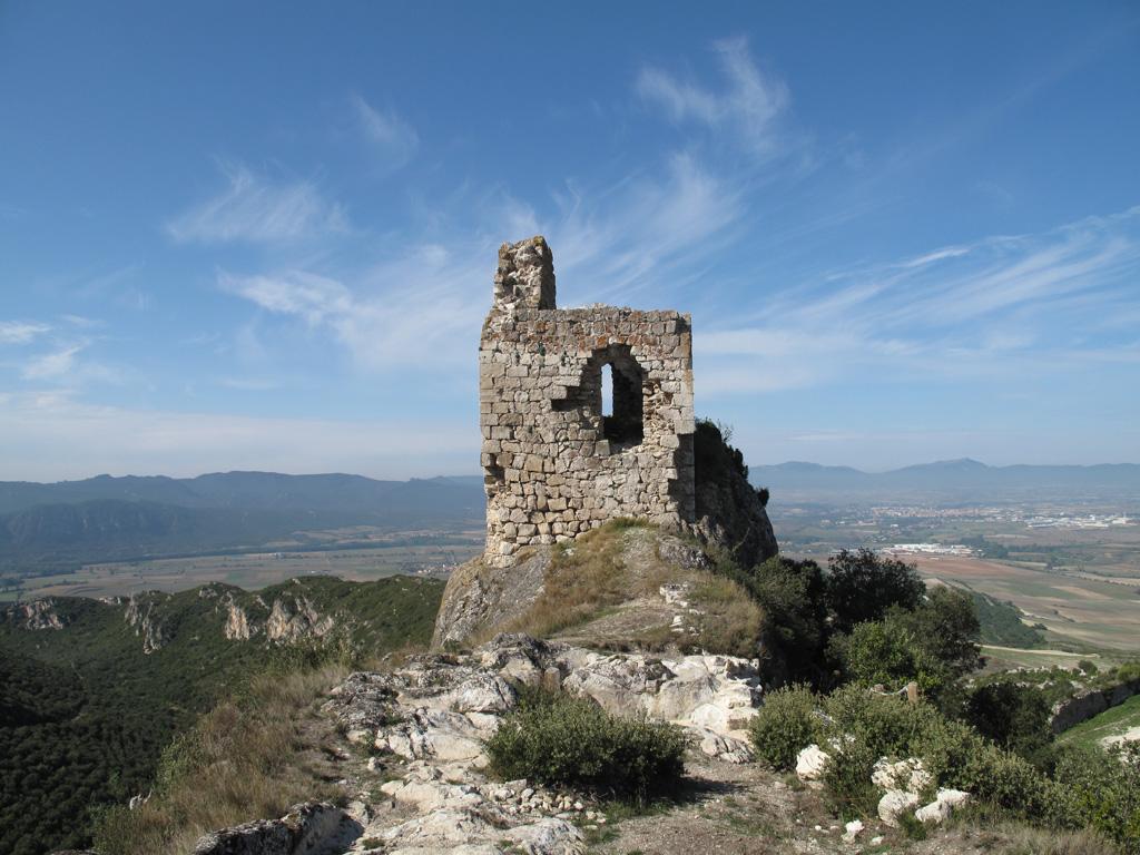 reharq_television_patrimonio_programa_portilla_castillo_paisaje_torre homenaje