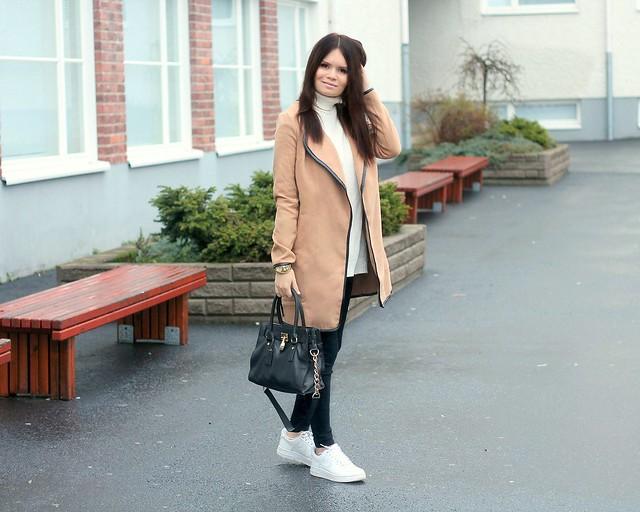 Camel coat blog