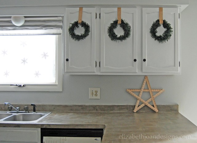 Holiday Decor Kitchen