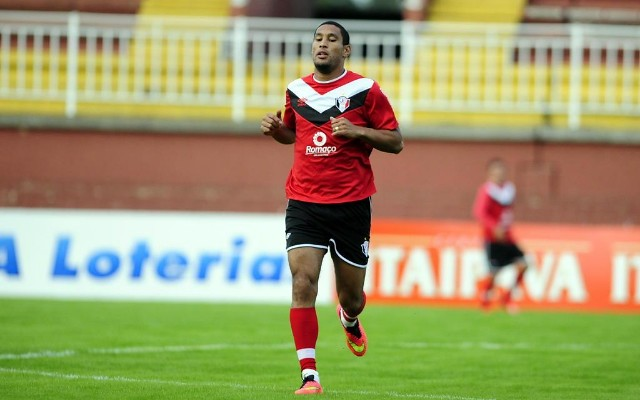 Botafogo vai fazer proposta por zagueiro do Joinville