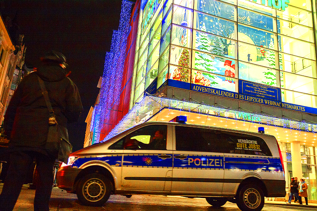 Police vehicle on 11-23-15--Leipzig
