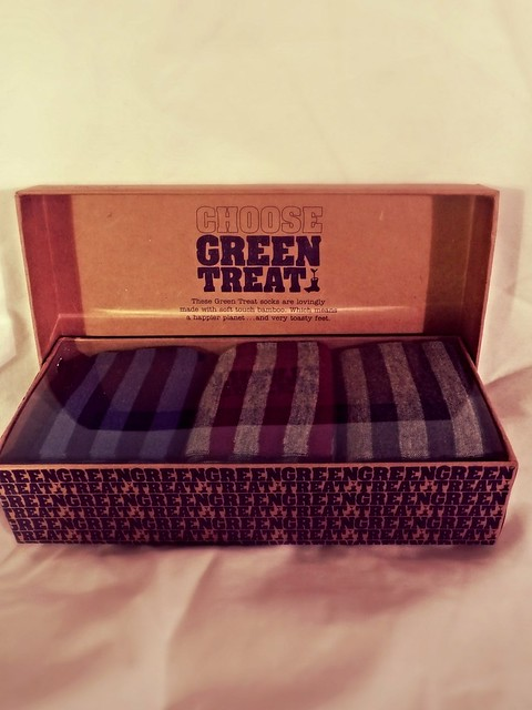 Heavy on Fashion Gift/Shopping Guide Holiday15 - Choose Green Treat socks