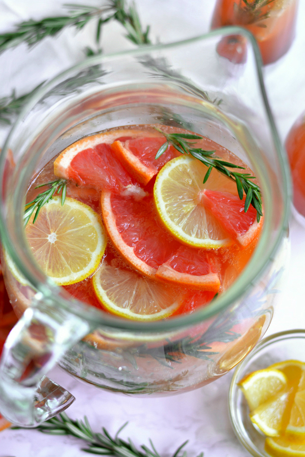 Bubbly Winter Citrus Sangria!