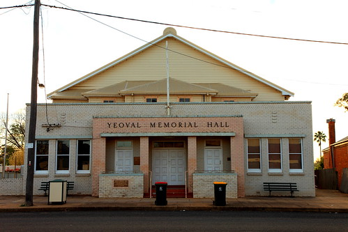 Yeoval Memorial Hall